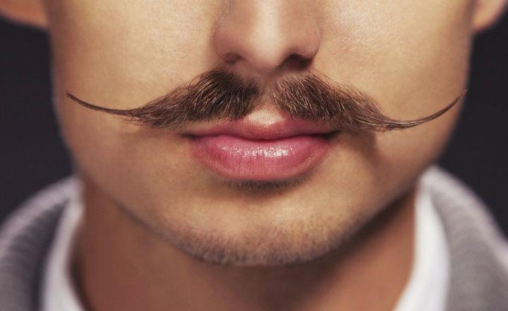 Cuida tu bigote con los productos adecuados